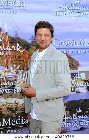 LOS ANGELES - JUL 27:  Mark Blucas at the Hallmark Summer 2016 TCA Press Tour Event at the Private Estate on July 27, 2016 in Beverly Hills, CA