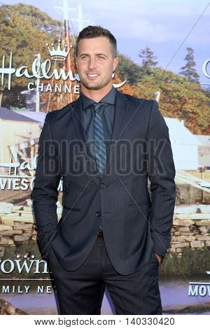 LOS ANGELES - JUL 27:  Brendan Penny at the Hallmark Summer 2016 TCA Press Tour Event at the Private Estate on July 27, 2016 in Beverly Hills, CA