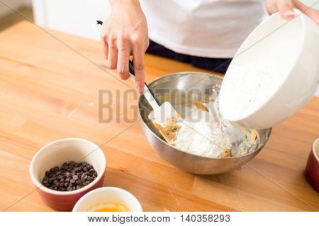 Adding flour inside batter