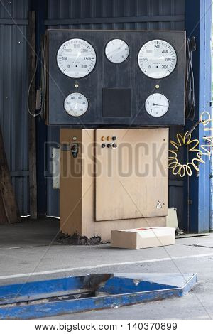 Brake test stand for a vehicle inspection