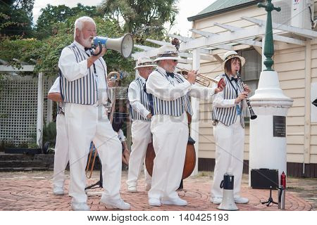 Traditional jazz band Twin City Stompers perform in Tauranga Historic Village for jazz festival