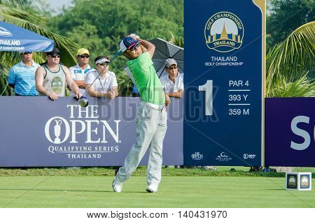 CHONBURI - DECEMBER 13 : Shingo Katayama of Japan player in Thailand Golf Championship 2015 at Amata Spring Country Club on December 13 2015 in Chonburi Thailand.