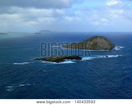 Manana Island and Kaohikaipu Island are located on the Windward side of O'ahu north of Makapu'u Point. The shape of the island actually resembles a rabbit the island both isalnds are seabird sanctuary.