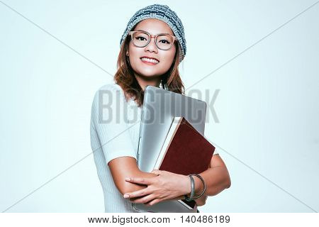 The image of Asian women are enjoying learning.