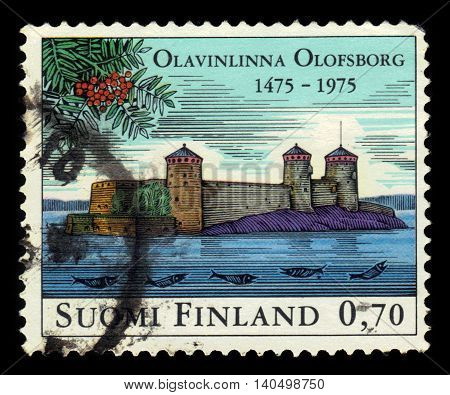 FINLAND - CIRCA 1975: a stamp printed in Finland shows Stronghold Olavinlinna, located on a small rocky islet in Lake Saimaa in Savonlinna, Finland, circa 1975