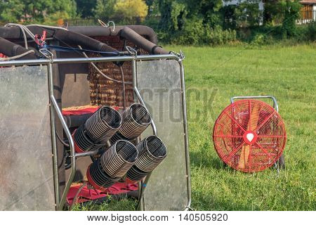 Multiple hot air balloon burners and fan