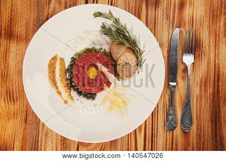 Beef tartare on plate