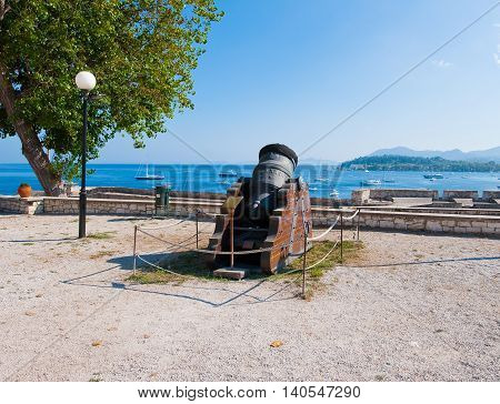 Antique Canon looking towards the seacoast in the Old Fortress. Corfu.