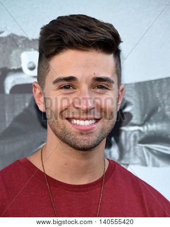 LOS ANGELES - JUL 19:  Jake Miller arrives to the