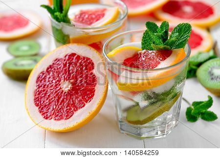 Infused water with grapefruit kiwi and mint refreshing vitamin C cooler