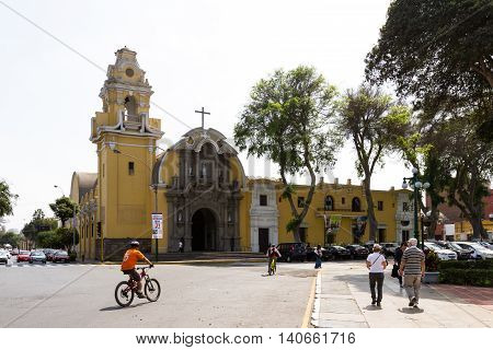 La Cathedral, Barranco Lima