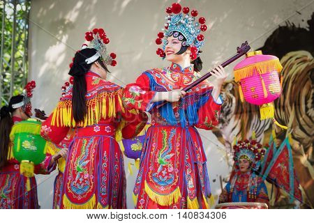 Moscow, Russia - July 31, 2016: The Performance Of The Chinese Show Golden Dragon Drumpst In The Ope