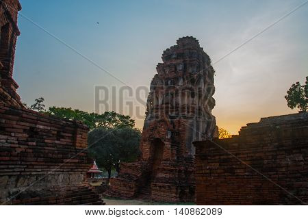 Ancient Buildings In The City City Of Ayutthaya. Asia.thailand.