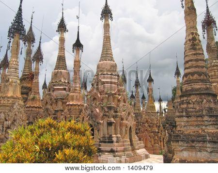 Stupas Forest Of The Paya Kyaukhpyugyi, Kakku, Myanmar