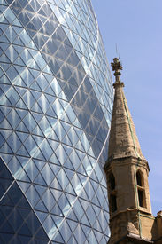 image of modern building  - picture of two landmarks in London demonstrating the opposition between old and modern - JPG