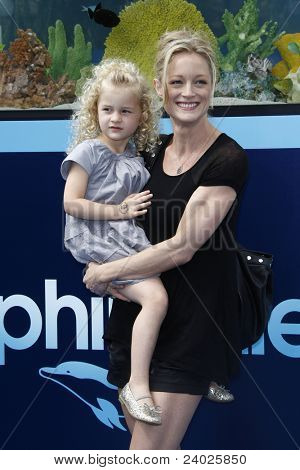 LOS ANGELES - SEPT 17: Teri Polo; daughter Bayley Polo at the Warner Bros.' World Premiere of 'Dolphin Tale' at The Village Theater on September 17, 2011 in Los Angeles, California