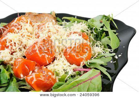 Salad with arugula and tomatoes