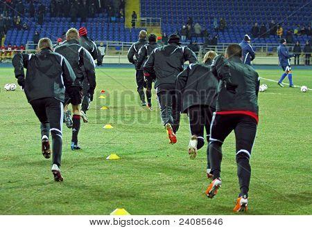 Bayer 04 Leverkusen Players Warming-up