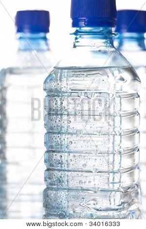 Garrafa de água fria