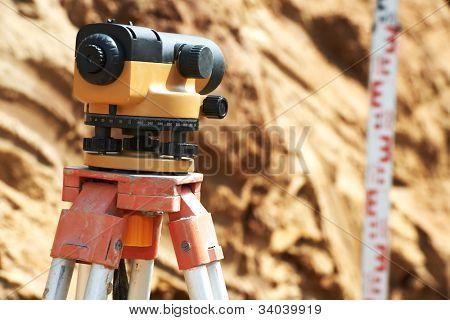 Surveyor equipment kit - level and E-bar outdoors