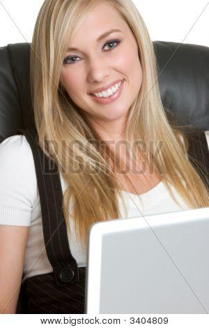 Rubia Laptop Lady