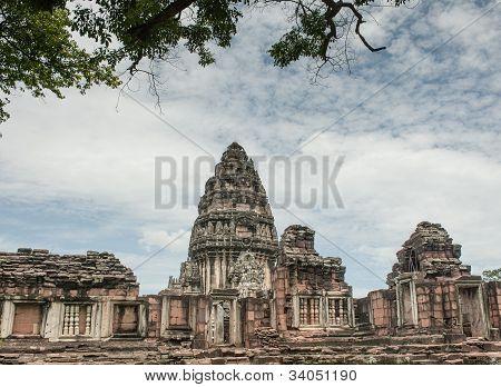 Pimai principal temple