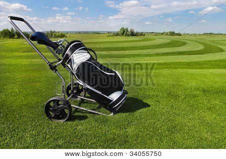 Fundo de grama verde de bolas de golfe