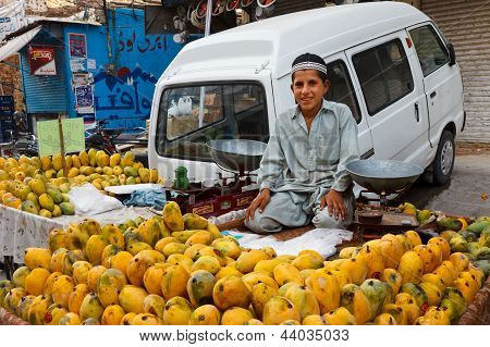 Raja Bazaar In Rawalpindi, Pakistan