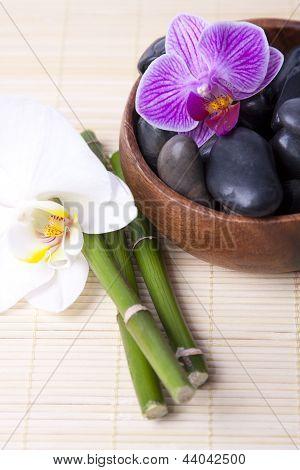 spa black stones