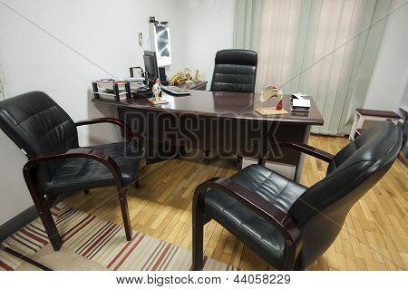 Doctors Consultation Room
