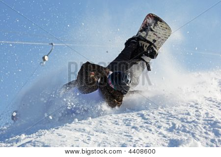 Snowboarding Extreme Fall