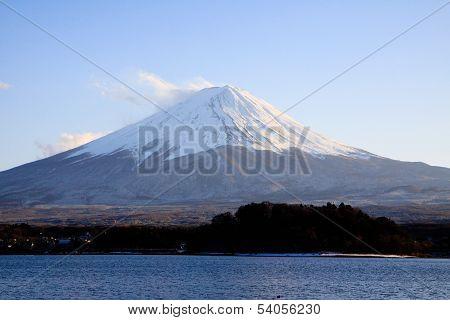 Fujisan From Kawaguchiko In Winter