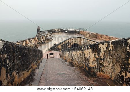 Puerto Rico, Fortress San Felipe del Morro under very heavy typical tropical rain