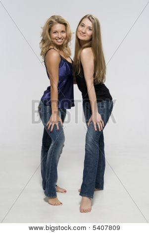 Girls Of Blonde Of Girl-friend Are In Jeans