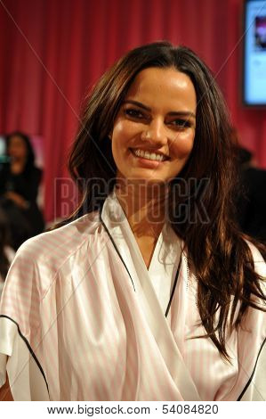 NEW YORK NY - NOVEMBER 13: Model Barbara Fialho poses backstage