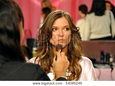 NEW YORK NY - NOVEMBER 13: Model Kasia Struss backstage