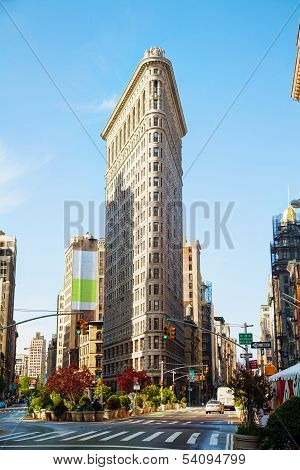Flatiron (fuller) Building In Nyc In The Morning