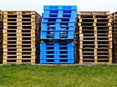 Plasic And Wooden Pallets