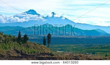 Ilinizas, Andes. Ecuador