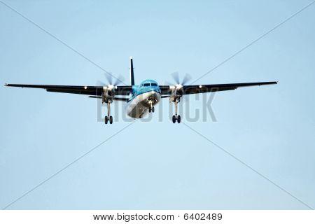 small propeller plane