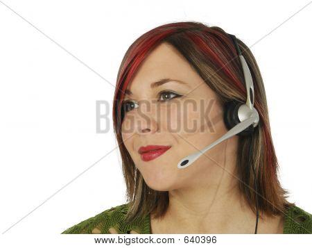 Hermosa representante de servicio al cliente joven