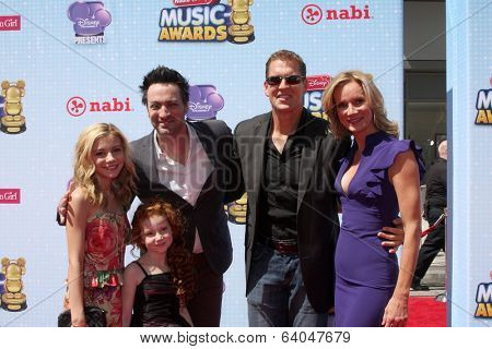 LOS ANGELES - APR 26:  Dog with a Bone Cast, G Hannelius, Stephen Full, Regan Burns, Beth Littleford at the 2014 Radio Disney Music Awards at Nokia Theater on April 26, 2014 in Los Angeles, CA
