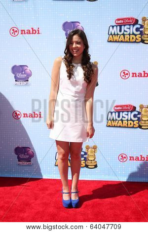 LOS ANGELES - APR 26:  Piper Curda at the 2014 Radio Disney Music Awards at Nokia Theater on April 26, 2014 in Los Angeles, CA