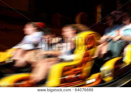 Fast funfair ride