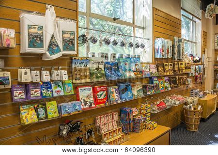 Seattle Ballard Locks Tourist Gift Shop