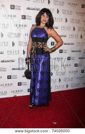 LOS ANGELES - OCT 15:  Lisa Catara at the Sue Wong