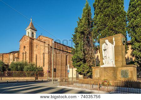 War Memorial and Church San Francesco In Prato