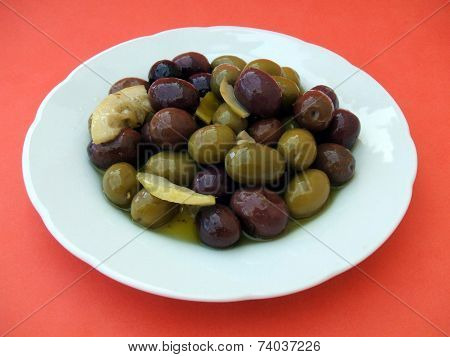 plate of olives