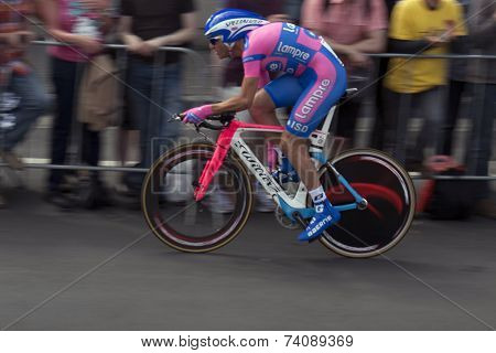 Profesional cyclist in the tour de france.
