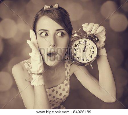Beautifu Women With Clock.